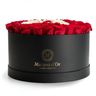 Cutie gigant cu trandafiriri rosii si albi