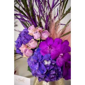 Aranjament floral cu vanda
