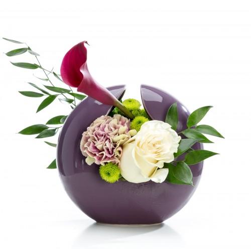 Aranjament floral business cu santini si trandafiri