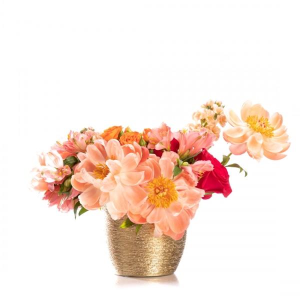 Aranjament floral cu bujori si matthiola Aurons