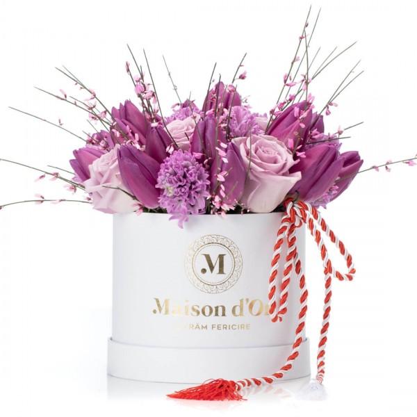 Cutie cu zambile, lalele si trandafiri lila - 1-8 Martie