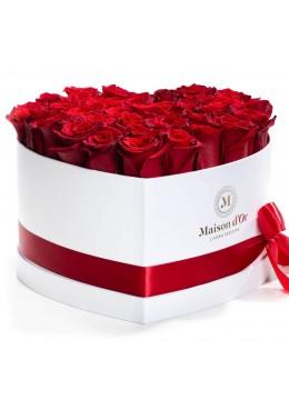 Cutie inima 33 trandafiri rosii