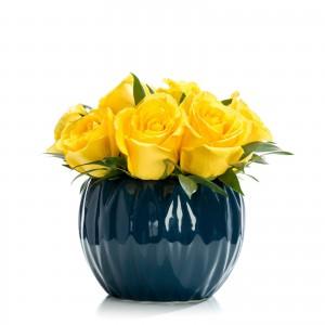Aranjament floral business cu trandafiri galbeni