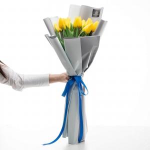 Bcuchet de flori cu 21 lalele galbene