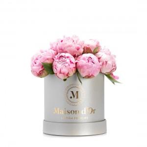 Cutie de flori cu bujori roz Anee