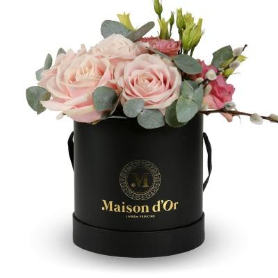 Cutie trandafiri roz si lisianthus