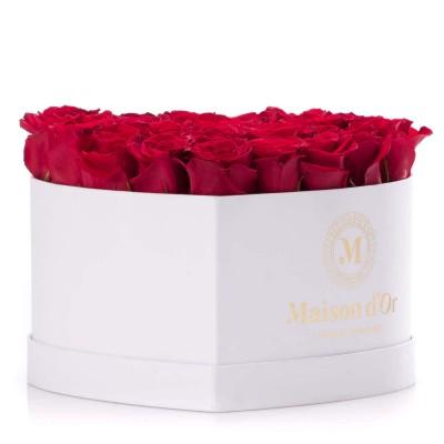 Cutie inima alba 23 trandafiri rosii