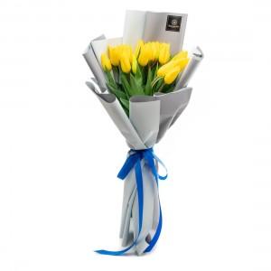 Buchet de flori cu 21 lalele galbene