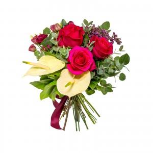 Buchet Trandafiri Rosii si Liliac