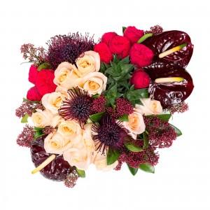 Cutie trandafiri si anthurium