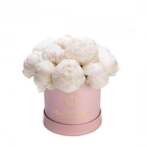 Cutie de flori cu bujori albi Jessica