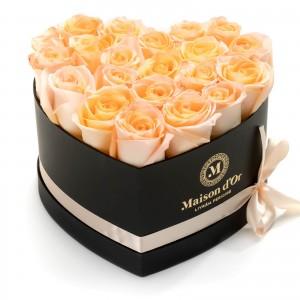 Cutie inima neagra 21 trandafiri peach
