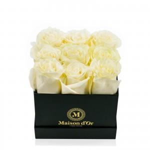 Cutie neagra 9 trandafiri albi