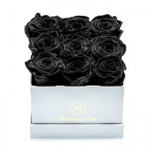 Cutie 9 trandafiri criogenati negri