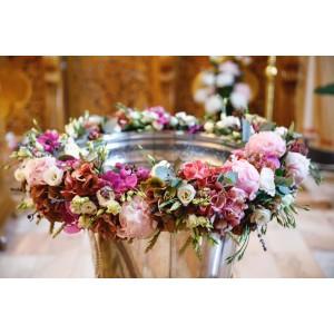 Ghirlanda cristelnita flori bujori hortensie