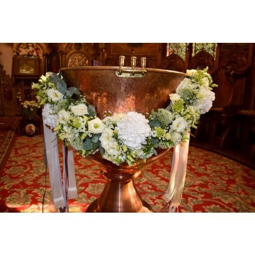 Ghirlanda cristelnita flori hortensie trachelium