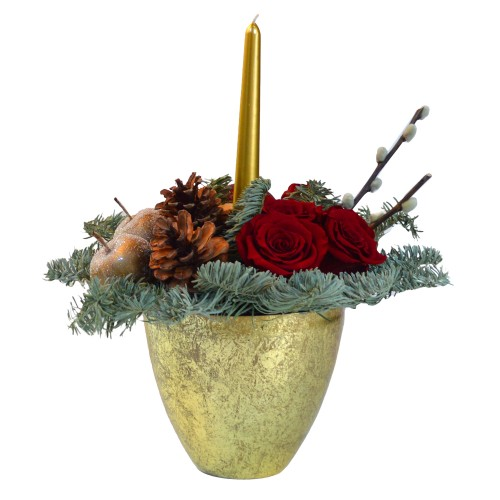 Aranjament decorativ de Craciun cu trandafri criogenati rosii