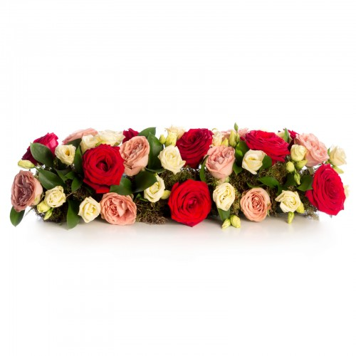 Aranjament floral prezidiu din trandafiri si lisianthus