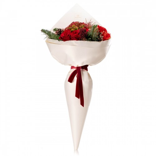Bouquet of flowers with hydrangea, amaryllis and red roses