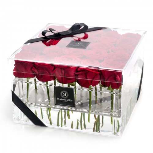 Acrylic box 25 red roses