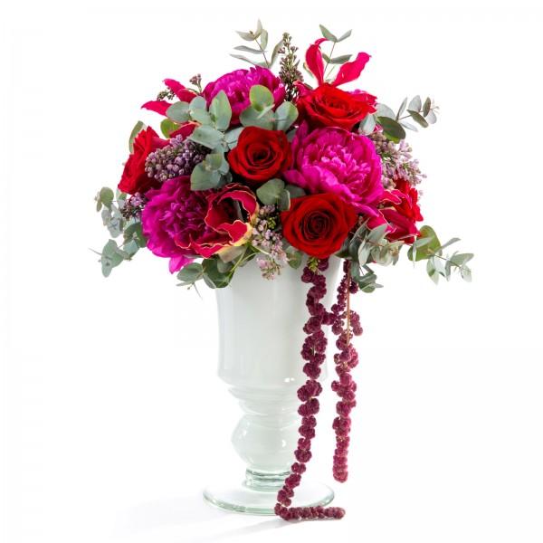 Wedding floral arrangement of roses, peonies, lilac