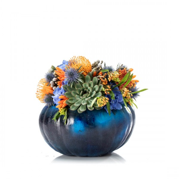 Blue Halloween floral arrangement