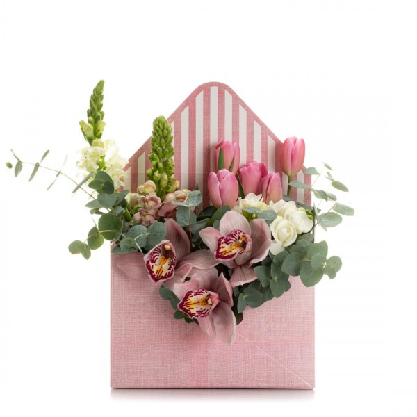 Aranjament floral in cutie plic cu Cymbidium