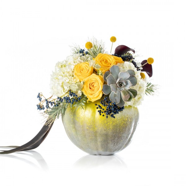 Silver Halloween floral arrangement