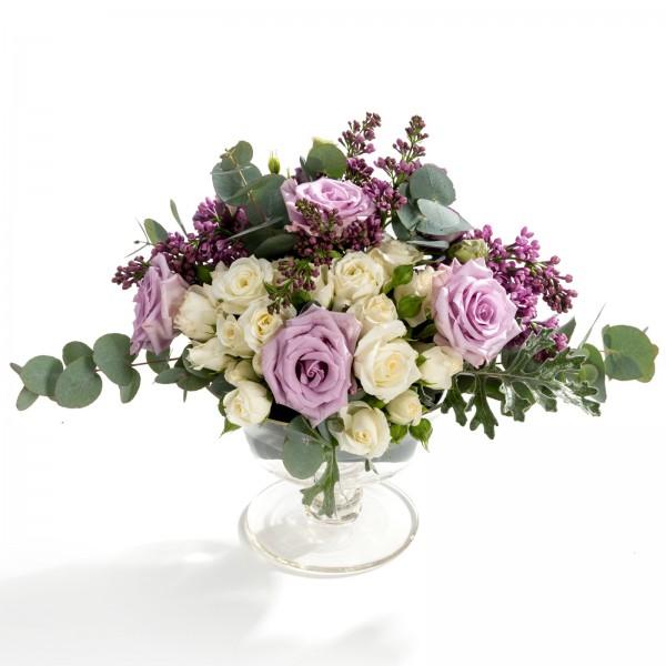 Wedding floral arrangement from mini rose, roses