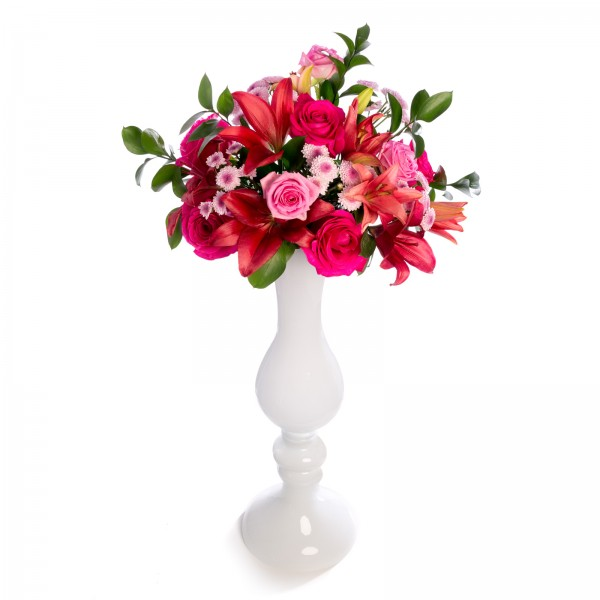 Wedding floral arrangement from santini, roses