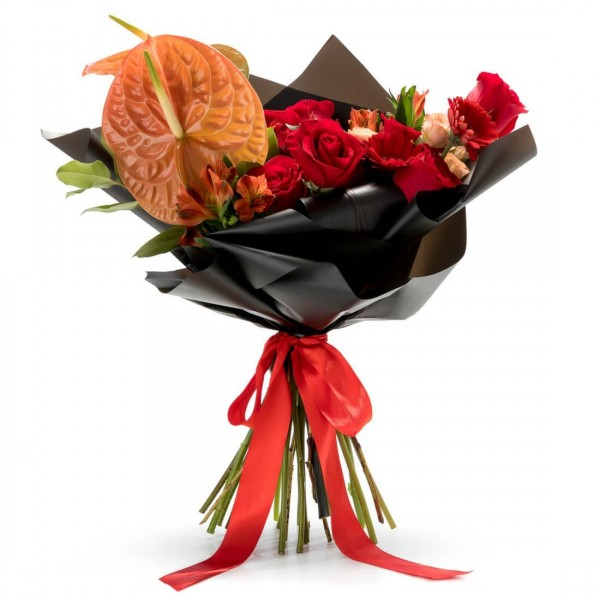 Bouquet of anthurium and minorosa flowers
