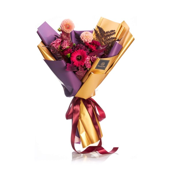 Bouquet of flowers with germs and carnations
