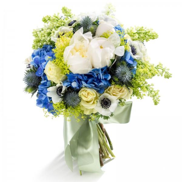 Noblesse bridal bouquet