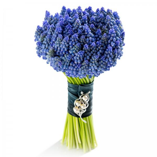 Dignity bridal bouquet