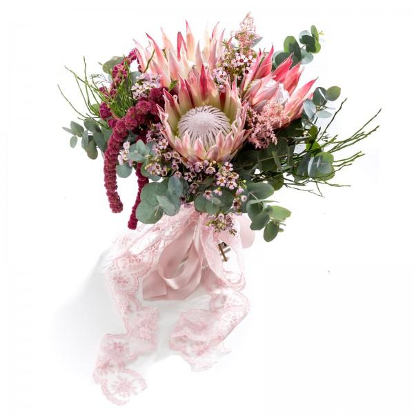 Exotic daring bridal bouquet