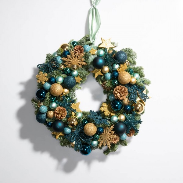 Christmas wreath with globes and stars