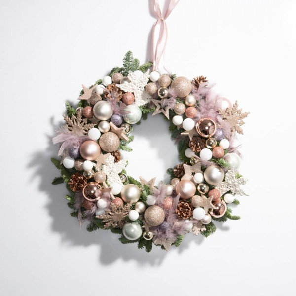 Christmas wreath with white and pink balls