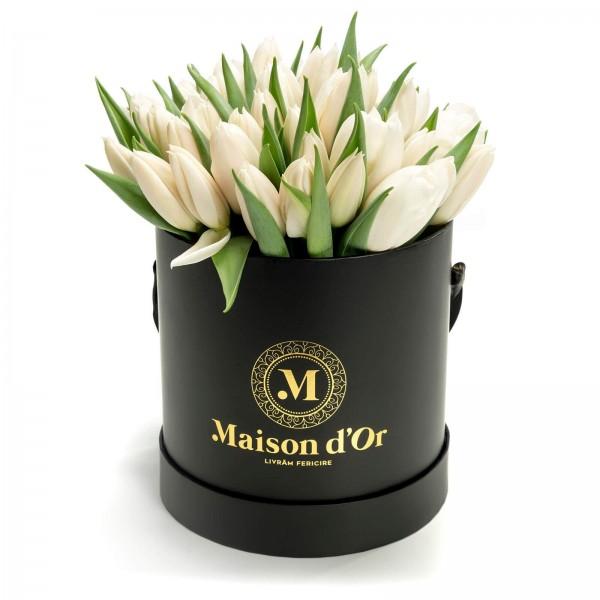 Box of 39 white tulips