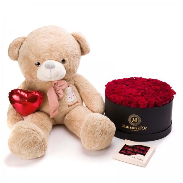 Cutie gigant Cu 79 Trandafiri Rosii, Praline Inima Si Ursulet - Deluxe Valentine's Day