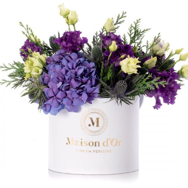 Box with purple hydrangea and purple lisiantuhs - Christmas Collection