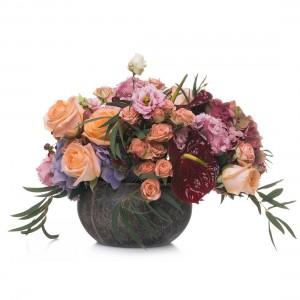 Aranjament floral cu hortensie si anthurium
