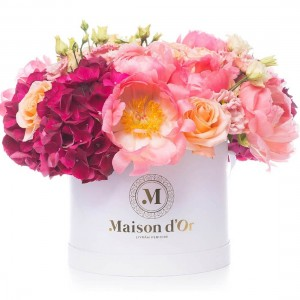 Desire-Box Collection With peonies and hydrangea
