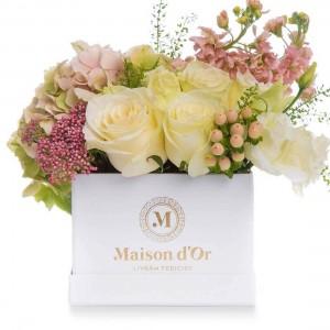 Box with hydrangea, matthiola and lisianthus