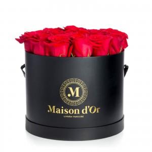Black box 21 red roses