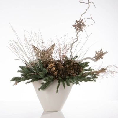 Aranjament floral in vas ceramic cu brad natural si hortensie