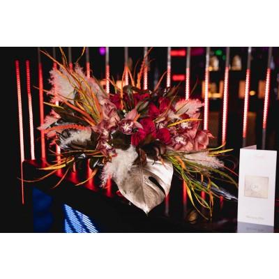 Aranjament floral cymbidium cognac