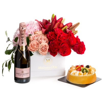 Aranjament floral din trandafiri, crini, hortensii-colectia desire
