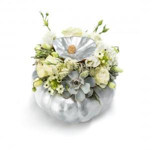 White halloween floral arrangement