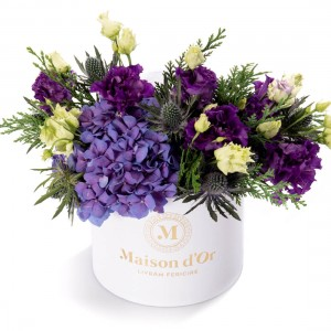 Box with purple hydrangea and purple lisiantuhs - Christmas Collection