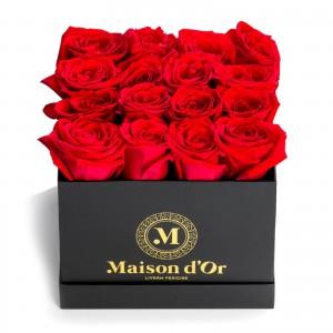 Black box 17 red roses
